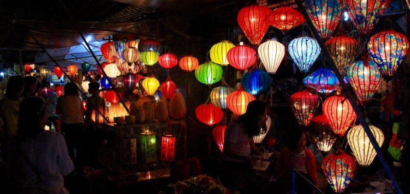 De Hué à Hoi An : tombeaux, arnaque et lampions